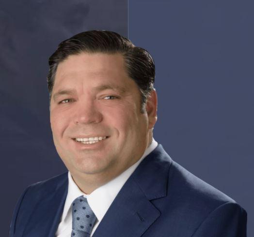 Derrick Earles
